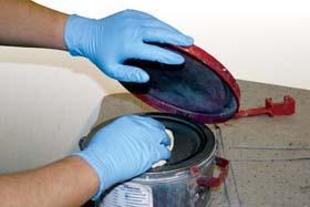Nitrile Disposable Gloves, 5-mil and 4-mil - Nitrile 5-mil gloves, powdered